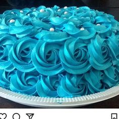 Monday blue day#yum#cakeblue #blueshows # #london #thepakistanibride #skincare #makeup#moomalproartist#handbags #fun #amazing #photography #model #celebrity #love #money #inspo #followforfollow #jewellery #shoes #clothes #vogue #luxurylife #luxurylifestyle #lux #girls #beautiful #luxury http://tipsrazzi.com/ipost/1525393505944351549/?code=BUrSU_QgDM9