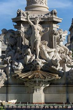 Place Castellane, Marseille Architecture Wallpaper, Architecture Details, French Riviera Style, Cave Drawings, Alpine Village, French Sculptor, Provence France, Classical Art, Sculpture