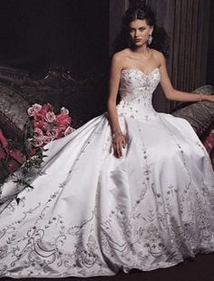 Wedding or bridal gown comes in various types, fabrics and colors. A princess wedding gown is one of popular bridal gowns that is suitable for the bride with a figure which is heavier in waist and hip. Princess Ball Gowns, Princess Wedding Dresses, Wedding Dress Styles, Wedding Attire, Bridal Dresses, Gown Wedding, Cinderella Wedding, Wedding Dresses 2018, Mermaid Wedding