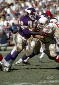Minnesota Vikings defensive tackle Alan Page (88) in action against the St. Louis Cardinals at Busch Stadium.