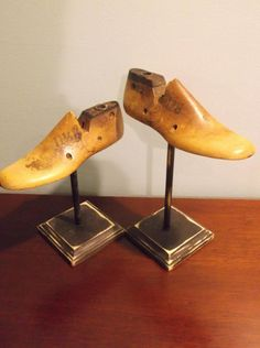 Items similar to Wooden Shoe Last Desk Art, Pair - Vintage on Etsy Repurposed Items, Upcycled Vintage, Vintage Items, Antique Booth Displays, Shoe Cobbler, Shoe Holders, Shoe Molding, Shoe Stretcher, Reclaimed Wood Projects