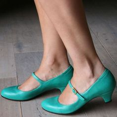pretty turquoise shoes