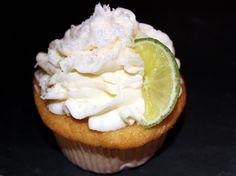 Vanilla Cupcake with Raffaello filling and cocos cream cheese frosting