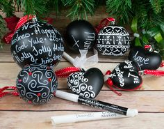 We love these chalkboard baubles, great for creating unique personalised crafts for Christmas and all other occasions. They add a lovely touch to your Christmas tree or can bring delight as a gift! Easy to decorate, so suitable for everyone, they can be Christmas Crafts For Adults, Christmas Home, White Christmas, Christmas Decorations, Christmas Ornaments, Holiday Decor, Liquid Chalk Markers, Chalk Pens, Adult Crafts