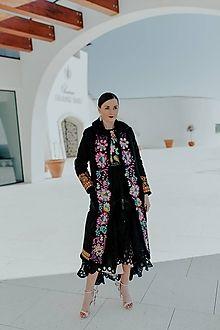 JAROSLAVA WURLL KOCANOVA - JaroslavaWurllKocanova / SAShE.sk Kimono Top, Tops, Women, Fashion, Moda, Fashion Styles, Shell Tops, Fashion Illustrations