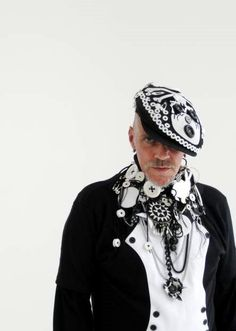 Judy Blame Pearly Button Queen