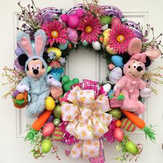 Easter Wreath Disney Mickey and Minnie Mouse.