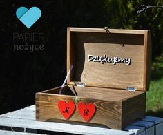 "Personalizowany kufer na koperty ślubne ""Red LOVE box"""