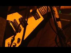BOOM BOOM SATELLITES - LOCK ME OUT(Live)
