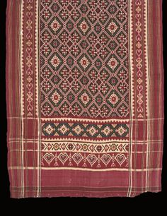 Double ikat patola, Gujarat India for the Indonesian market, late century woven with geometric lattice and pallu of heart-shaped x x along with Sumatran patola of red silk woven with gilt, Century. Textile Patterns, Cool Patterns, Vintage Patterns, Textile Art, Sari Design, Indonesian Art, Tropical Fashion, Javanese, Traditional Fabric