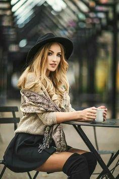 35 Ideas Travel Photography Poses Divas For 2019 Photography Women, Photography Photos, Lifestyle Photography, Fashion Photography, Sweets Photography, Beauty Photography, Travel Photography, Fashion Mode, Trendy Fashion