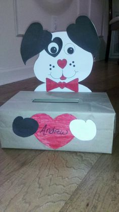 a cute valentines day box to make to put cards in for school so easy - How To Make Valentine Boxes