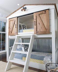 Great bunk bed idea!  https://instagram.com/p/BSNAAQmg8YP/