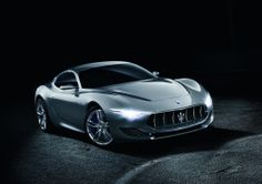 Celebrating its 100th anniversary in the automotive industry, performance car manufacturer Maserati has unveiled a new sports concept at the 2014 Geneva Motor Show. Christened the Maserati Alfieri, this four seater concept that showcases the design trend the brand is going to follow for its future models.