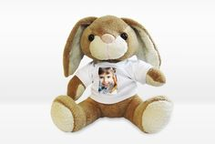 Plüsch-Osterase mit T-Shirt Teddy Bear, Animals, Photos, Easter Bunny, Stuffed Toys, Cute, Searching, Animais, Animales