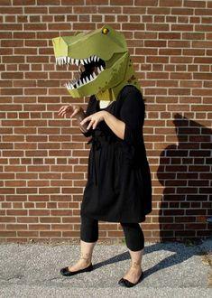 100 Cardboard Costumes for Halloween Cardboard Costume, Cardboard Mask, Cardboard Crafts, Paper Craft, Dinosaur Costume, Dinosaur Party, Dinosaur Puppet, Halloween Costumes For Kids, Halloween Party