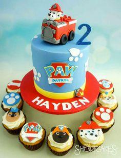 Mickey Mouse Birthday Cake, Paw Patrol Birthday Cake, Baby Birthday Cakes, Birthday Party Tables, Paw Patrol Party, Birthday Ideas, Torta Paw Patrol, Paw Patrol Cupcakes, Cake Disney