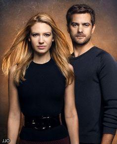 Fringe! Olivia (Anna Torv) and Peter (Joshua Jackson)