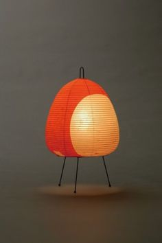 Akari Light Sculpture, STAND Series (floor & table), Model No. 1AT, Ozeki Lantern Co. Isamu Noguchi.