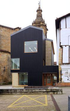 Architects: OS3 arkitektura Location: Usurbil, Spain Client: City of Usurbil (Gipuzkoa) Photographs: Jorge Allende