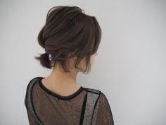 Kim Hair, Wavy Hair, Messy Hairstyles, Pretty Hairstyles, Short Ponytail, Hair Arrange, Grow Hair, Hair Growing, Japanese Hairstyle