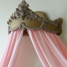 Villa Pink Abigail Bed Crown  The extravagant Villa Pink Abigail Bed Crown is the perfect accessory for your child's bedroom decor. Place crown over bed and drape luxurious tulle panels beneath to make your princess feel like royalty.