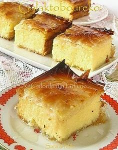 » Galaktoboureko / Placinta greceascaCulorile din Farfurie Romanian Desserts, Romanian Food, Turkish Recipes, Greek Recipes, Filo Recipe, Cookie Recipes, Dessert Recipes, Dessert Drinks, Eat Dessert First