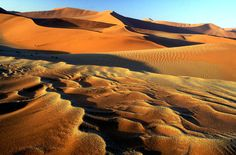 Want to..........: watch sunset at Sossusvlei / Namibia
