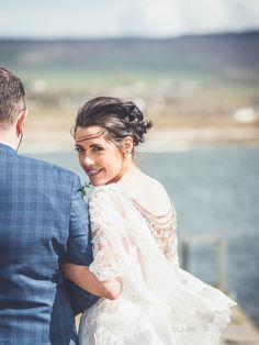 #EnzoaniRealBride Ciara in Enzoani Jasmine wedding dress // Irish Wedding Blog // http://www.elainebarkerphotography.com/