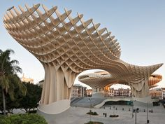 La estructura de madera más extensa del mundo. Plaza de la Encarnación, Sevilla