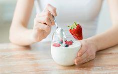 Non torni a casa per pranzo? La dieta dello yogurt è facile e davvero pratica da seguire. E fa perdere 3 chili in 2 settimane