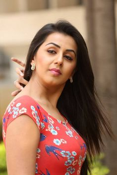 Nikki galrani Hot and sexy Indian Bollywood actress deshi models very cute beautiful seducing tempting photos and wallpapers with bikini ba. Indian Bollywood Actress, South Indian Actress, Indian Actresses, South Actress, Prettiest Actresses, Beautiful Actresses, Beauty Full Girl, Beauty Women, Most Beautiful Indian Actress