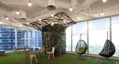Atemberaubendes Feeling und eine hervorragende Aussicht. Man könnte fast meinen es wäre hier bei uns. Mehr Infos: http://www.werkzeugweber.de/beraten-planen-liefern/ #office #plants #green #company #work #employee #team