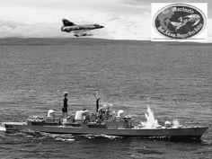 Falklands War, Royal Navy, Military History, Warfare, Aviation, Aircraft, Boat, Life, Clint Eastwood
