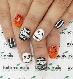 30 Halloween Nail Art Design Ideas - Doozy List