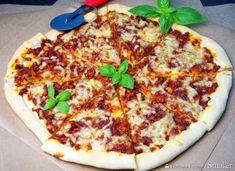 Pizza bolognese (ciasto bez wyrastania) Hawaiian Pizza, Mozzarella, Vegetable Pizza, Spaghetti, Vegetables, Food, Tarts, Lasagna, Hoods