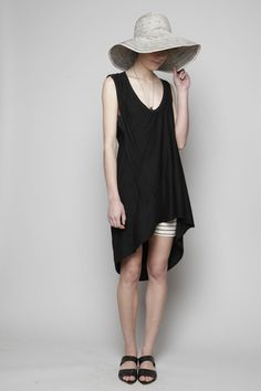 complex geometries top with costume national wide brim hat