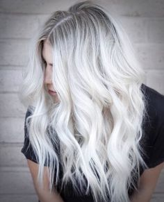 Stunning Types to Elevate Your Platinum Blonde Hair. Platinum blonde hair is widespread as a result of the truth that pure blonde hair could be very Ice Blonde Hair, Platinum Blonde Hair Color, Silver Blonde Hair, Blonde Hair With Highlights, Icy Blonde, Platinum Highlights, Ash Blonde Balayage Silver, Platnium Blonde Hair, White Highlights