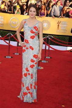 Shailene Woodley @ 2012 SAG awards looking SO CUTE!