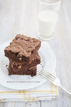 Brownies on white background ~ Food Photography ~ www.flaviamorlachetti.com