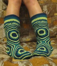 Crochet Hexagon Slipper Boots Free Pattern  #diy #crafts #crochet