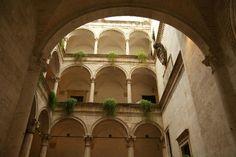Palazzo Guiderocchi http://www.marchetourismnetwork.it/?place=palazzo-guiderocchi