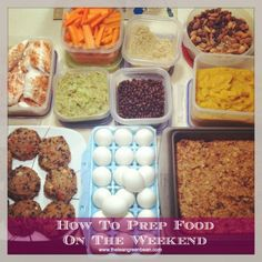 HOW TO PREP FOOD ON THE WEEKENDS. Spending an hour or two on the weekend preparing food makes it much easier to throw together quick, healthy meals during the week. Healthy Eating Habits, Clean Eating Recipes, Healthy Snacks, Cooking Recipes, Healthy Recipes, Eat Healthy, Healthy Options, Eating Clean, Detox Recipes