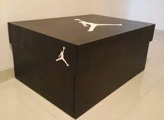 #sneakersbox #bigshoesbox #giantshoesbox #shoesbox #installationinstructions #plans #DIY #doityourself #nike #jordan #airjordan #jordanbrand #iverson #nikeair #lebron #storage #box #sneakers #sneakersaddict