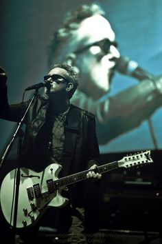 The Mission UK - the Mish today. Wayne gets all tasteful these days. Greatest Rock Bands, Best Rock, Gothic Rock Bands, Sisters Of Mercy, Post Punk, Music Industry, Reggae, Rolling Stones, Music Artists
