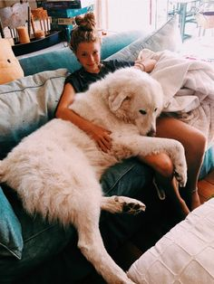 """:) """"cachorro"""" gigante - Fun, Dogs & other disasters - Perros Graciosos Cute Puppies, Cute Dogs, Dogs And Puppies, Doggies, Pyrenees Puppies, Corgi Puppies, Great Pyrenees Puppy, Puppy Cuddles, Lap Dogs"""