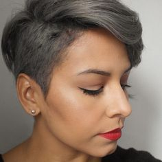 #greyhair ugh I'm in love with this!
