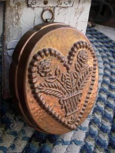 8.125in tall (oval shape) FAB Beautiful Primitive Vintage Copper Silver Lined Mold Heart W/ Flowers