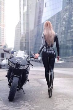 #Greatmotorcycles #cars #girls #Sexywoman #Photo   #moto #SexyGirls #sexy #motorcycles #Beautiful #bikers