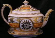 Coalport Porcelain Teapot and Stand. ca.1810.